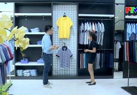 Đẹp cùng PTV: Cá tính với áo phông