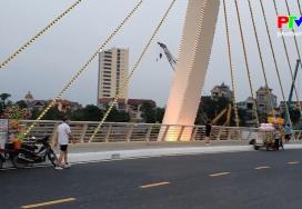 Khoảnh khắc cuộc sống - Công viên Văn Lang trái tim thành phố