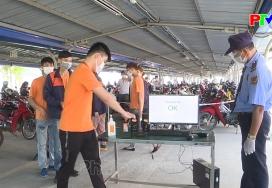 Công nhân viên chức lao động tỉnh Phú Thọ chung tay phòng, chống đại dịch Covid-19
