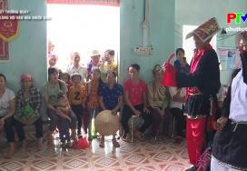 Nặng lòng với văn hóa người Dao