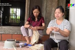 Sai Nga có nghề đan nón