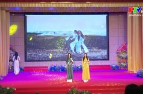Phụ nữ Đất Tổ - Duyên dáng áo dài